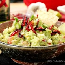 1-Roasted-Red-Bell-Pepper-and-Garlic-Guacamole