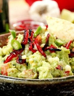 Roasted Red Bell Pepper Guacamole