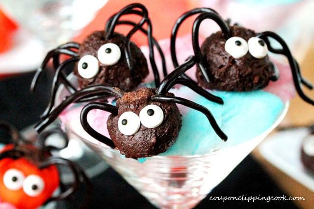 12-Creepy-Crawler-Chocolate-Spiders