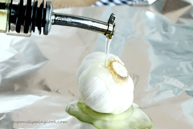 6-add-olive-oil-to-garlic