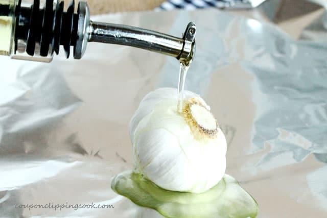 6-add-olive-oil-to-garlic