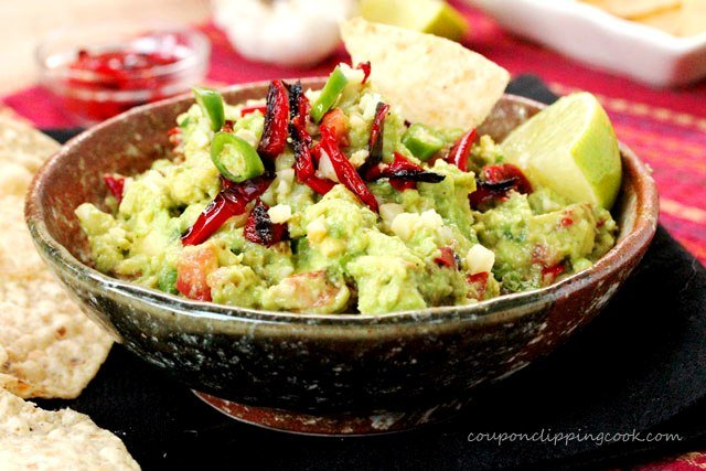 Roasted Red Bell Pepper Guacamole in bowl
