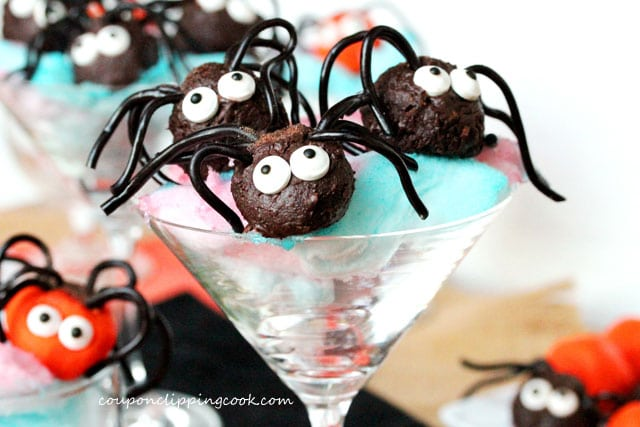 9-Creepy-Crawler-Chocolate-Spiders