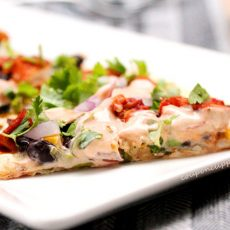 6-BBQ-Turkey-Flatbread-Pizza