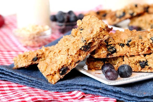 2-Oatmeal-blueberry-peanut-butter-cookie