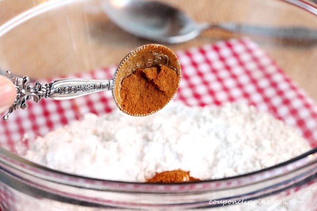 Add ground cinnamon in bowl