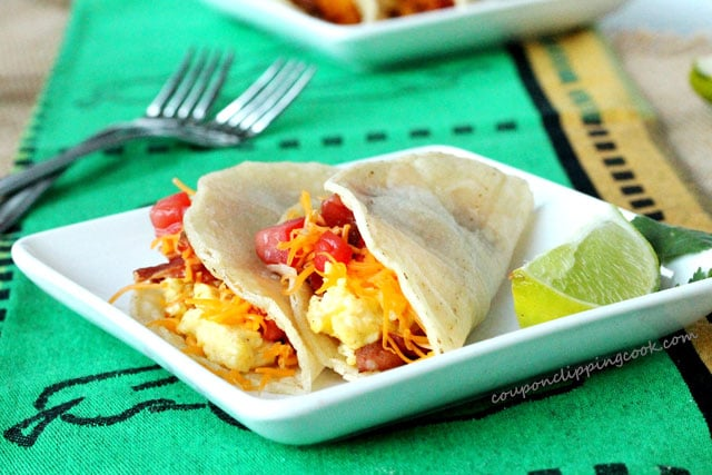 1-bacon-and-egg-breakfast-tacos