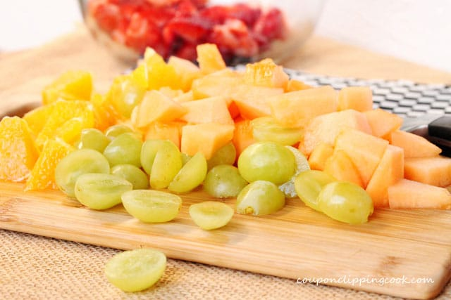 5-cut-grapes-and-canteloupe
