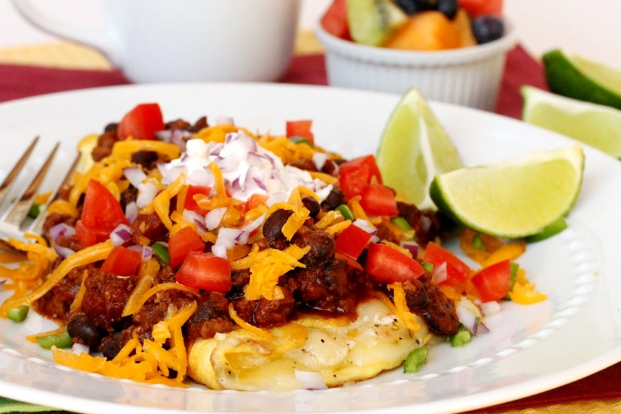 Three-Cheese-Chili-Omelet