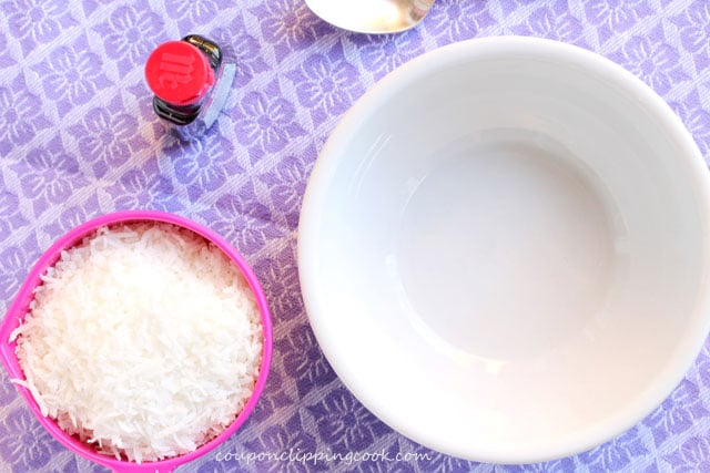 1-coconut-and-food-coloring