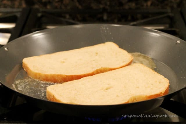 4-bread-in-pan