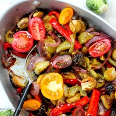1-Fajita-Brussels-sprouts-in-pan