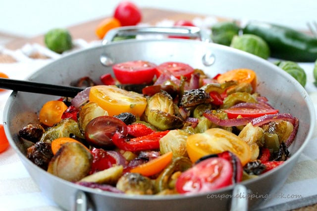 3-Brussels-sprouts-in-pan-with-bell-pepper
