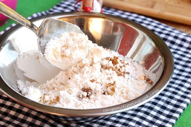 Stir dry ingredients in metal bowl