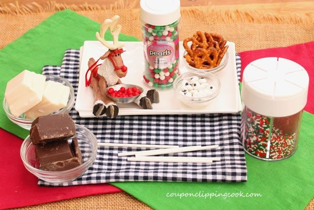 Cookie-dough-reindeer-lollipop