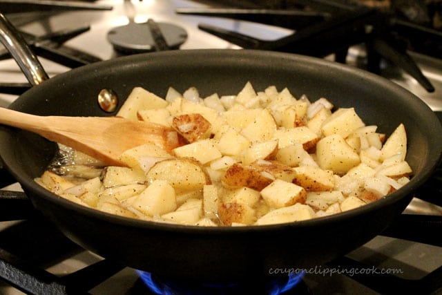 19-Cooking-potatoes-in-pan