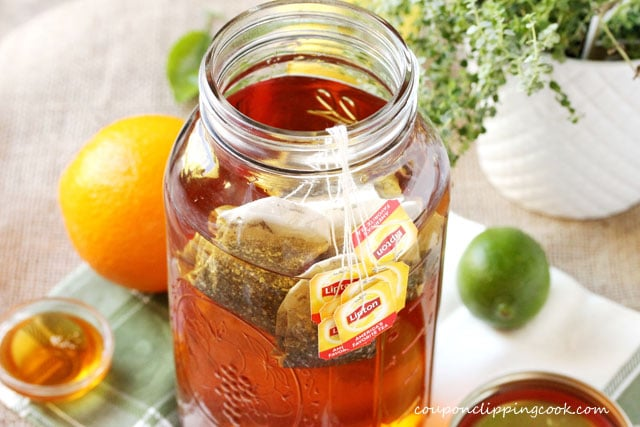4-tea-bags-in-jar