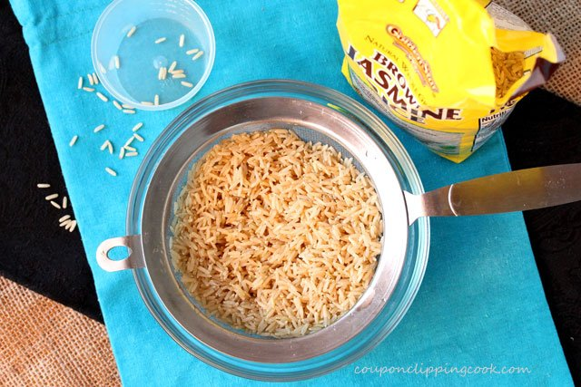 Brown rice in colander