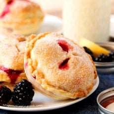 Blackberry Lemon Mason Jar Lid Pie
