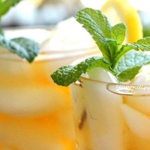 Lemon Mint Iced Tea in Glass