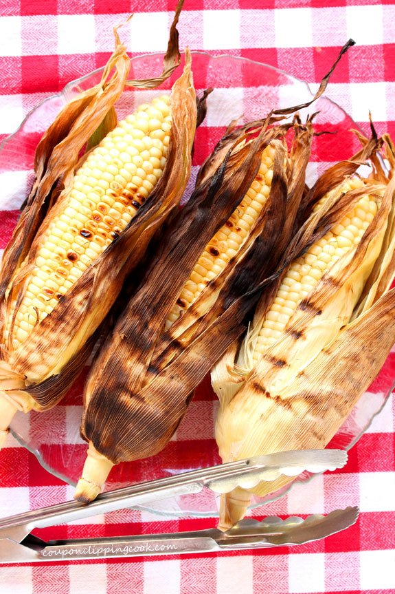 Grilled corn on the cob on plate