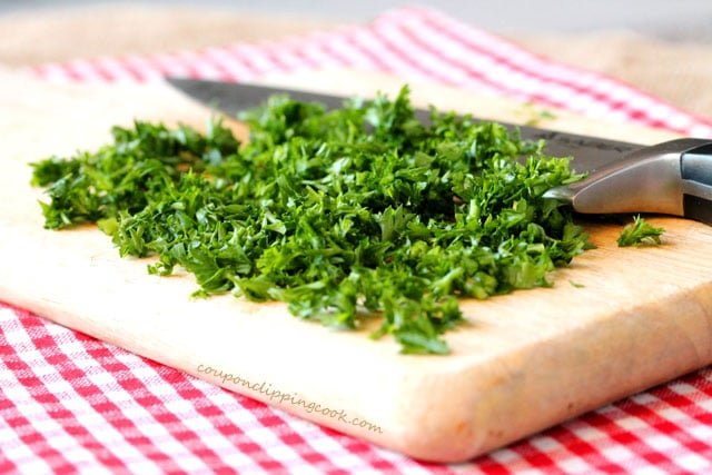 Chopped parsley on cutting board