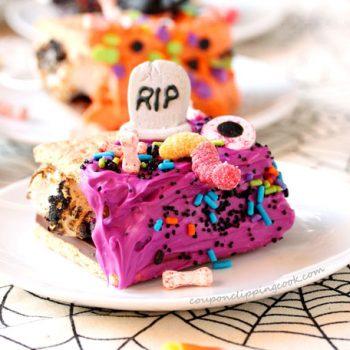 Halloween Marshmallow S'mores