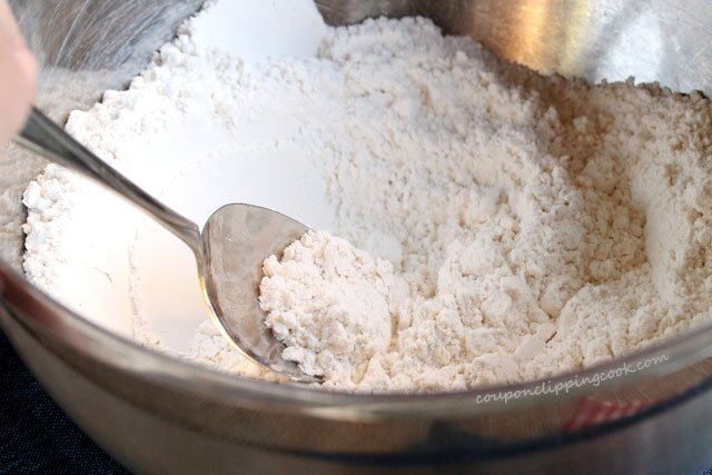 Stir dry ingredients in mixing bowl