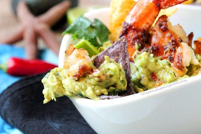 Chipotle Shrimp Guacamole in bowl