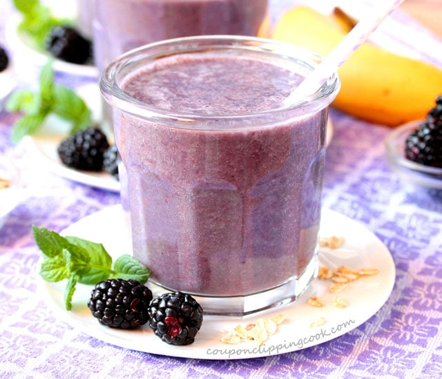 Blackberry and Oatmeal Malted Smoothie