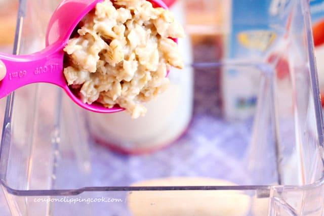 Add oatmeal to blender jar
