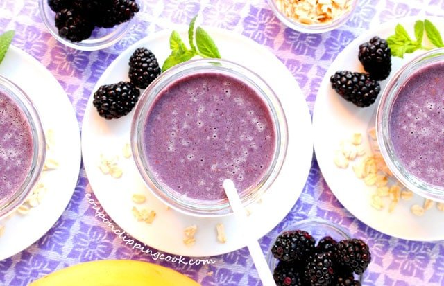 Blackberry and Oatmeal Malted Smoothies in glasses