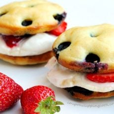 Blueberry Pancake Whoopie Pie