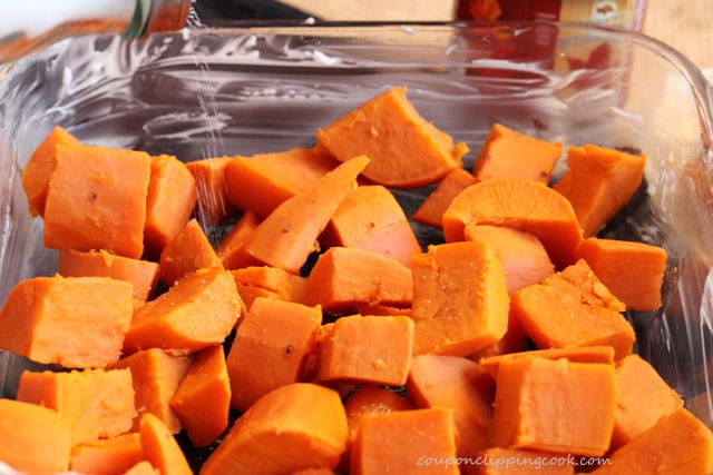 Add salt to cut yams