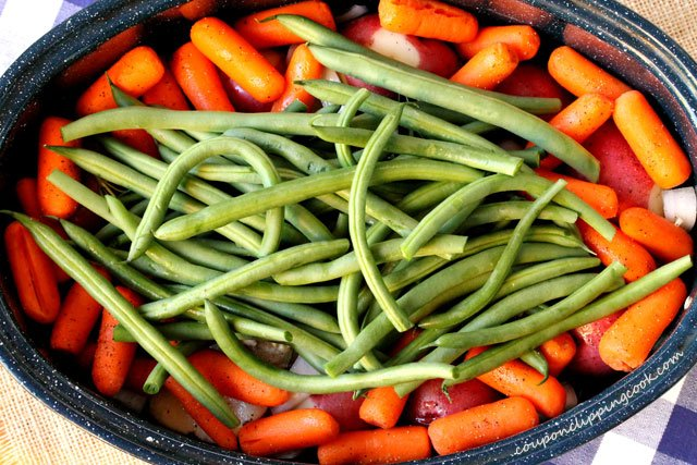 Green beans carrots in pan