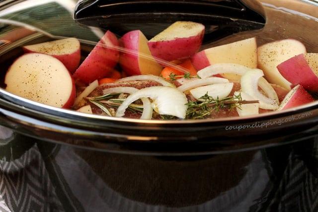 Put lid on slow cooker pot