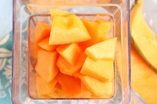 Cut cantaloupe in blender