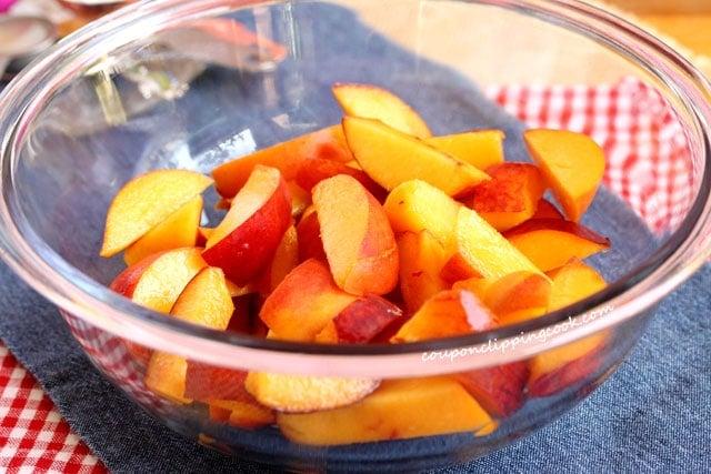 Cut peaches in bowl